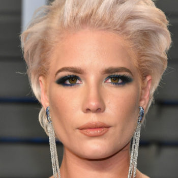 Halsey calls out the hotel industry for its lack of inclusive hair products, and this is why that's important