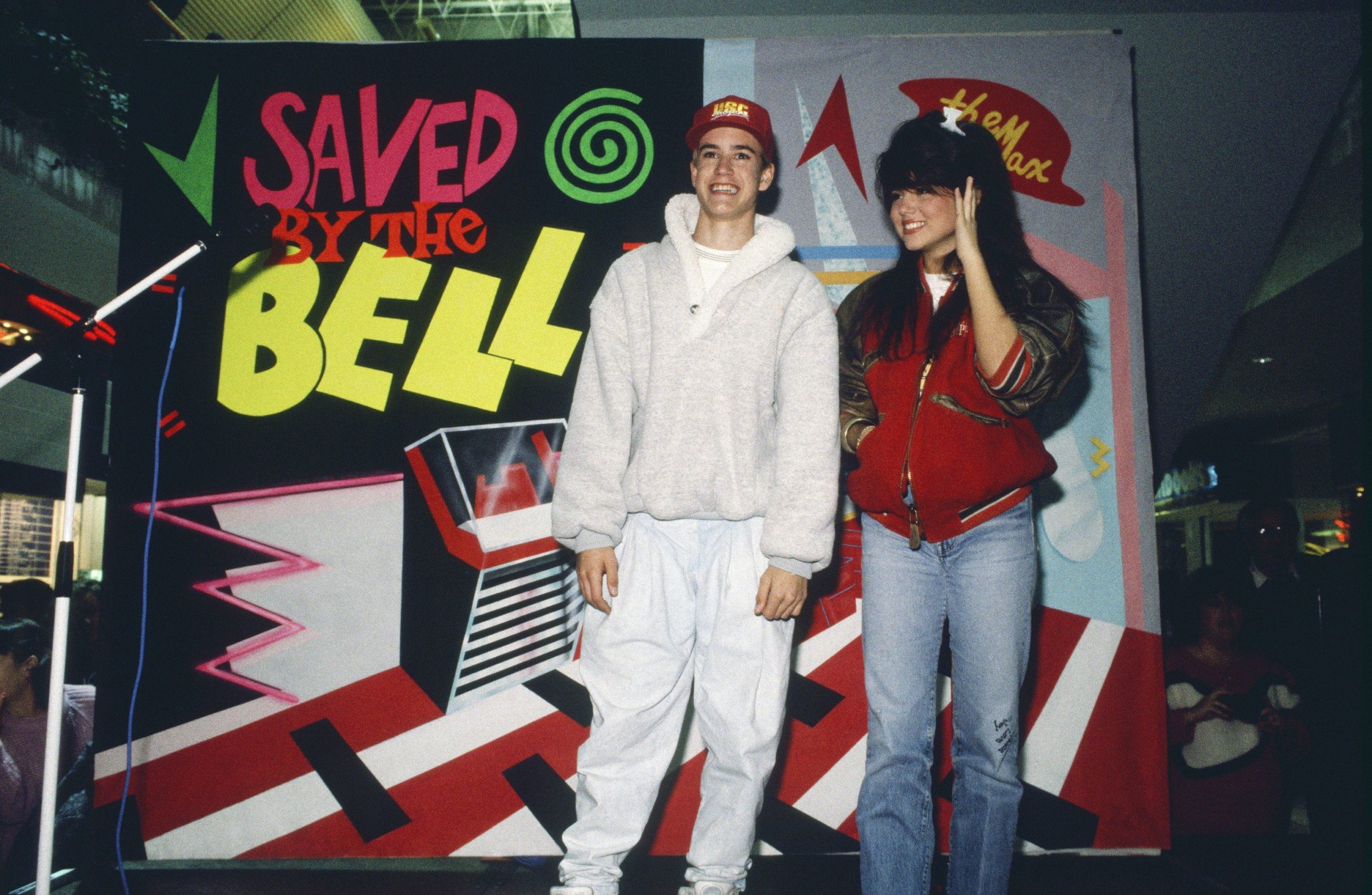 Tiffani Thiessen's friendship with Mark-Paul Gosselaar will make you super nostalgic for <em>Saved By the Bell</em>