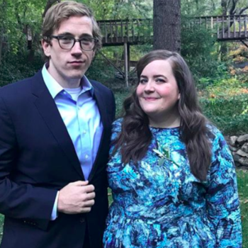 <em>Saturday Night Live</em> darling Aidy Bryant secretly tied the knot with her partner of nearly 10 years