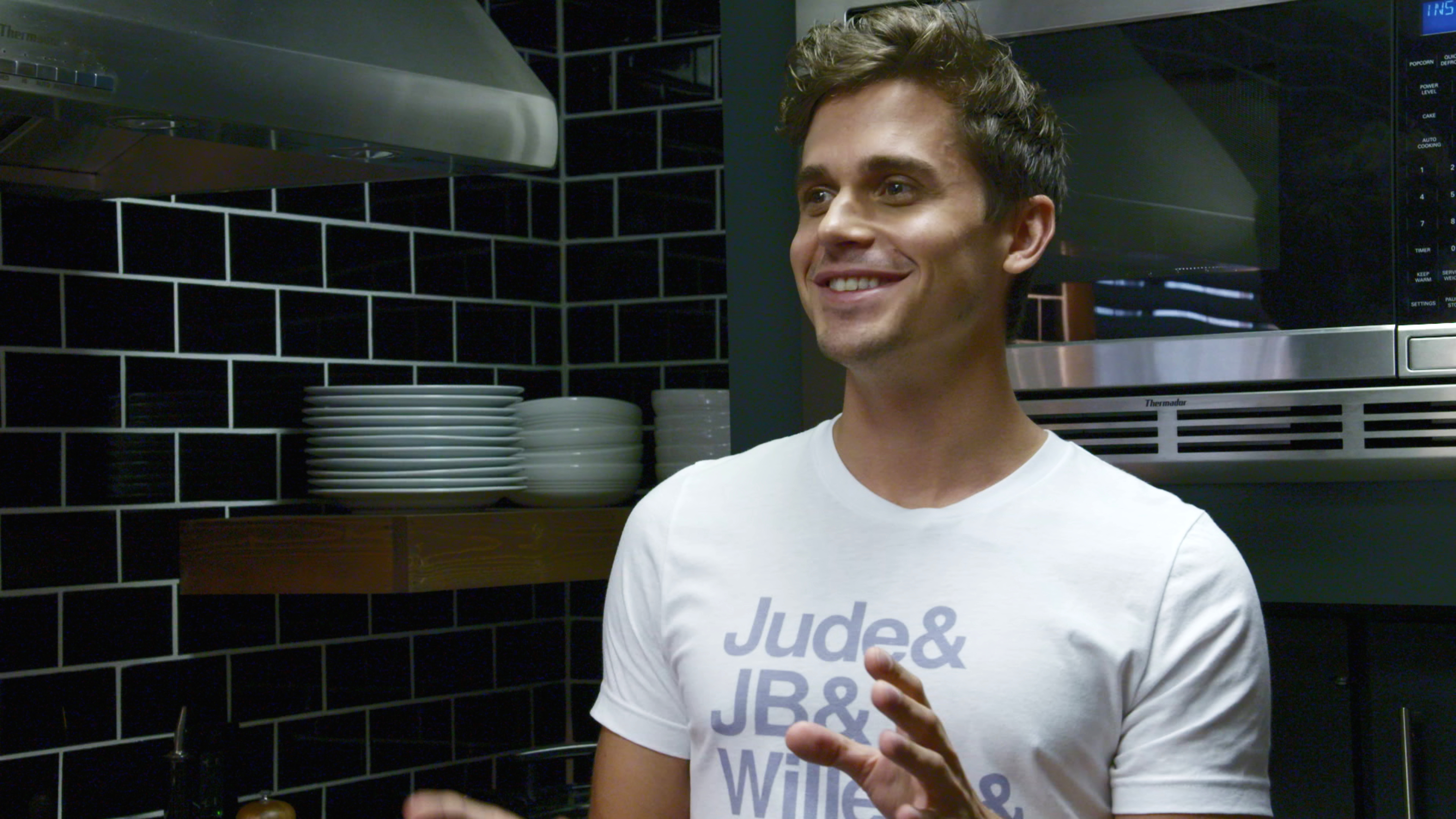 <em>Queer Eye's</em> Antoni has a cookbook coming out — and it better include more than just weird avocado recipes