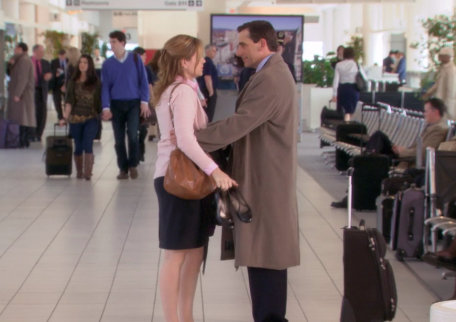 7 years later, Jenna Fisher has finally revealed what Pam said to Michael in their tearful <em>Office</em> goodbye