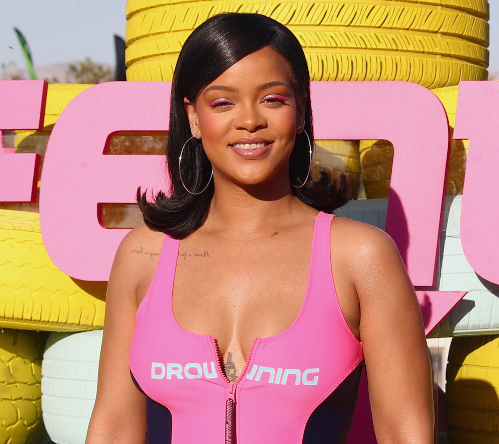 Rihanna shows off hairy legs and admits she has stretch marks in an Instagram pic, and we feel so seen