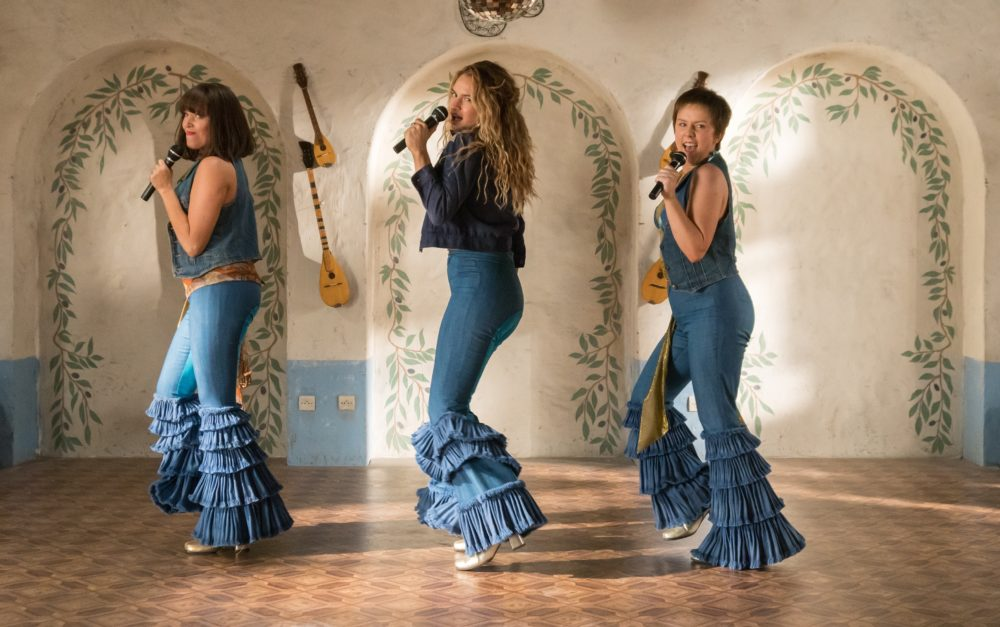 The final <em>Mamma Mia! Here We Go Again</em> trailer is here, and it's bursting with ABBA songs — and some bad dancing
