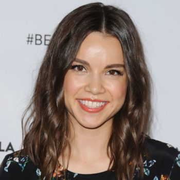 """Beauty vlogger Ingrid Nilsen posted a candid pic of her cystic acne to remind us that """"pimples happen"""""""