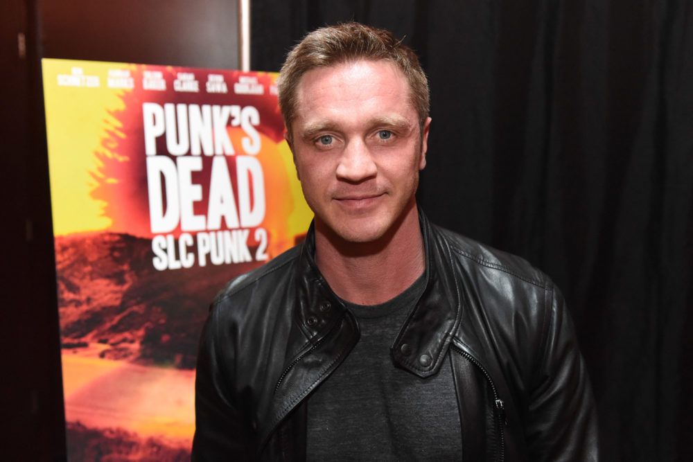 Devon Sawa just pointed out he's weirdly connected to not one, but TWO, Urban Dictionary words