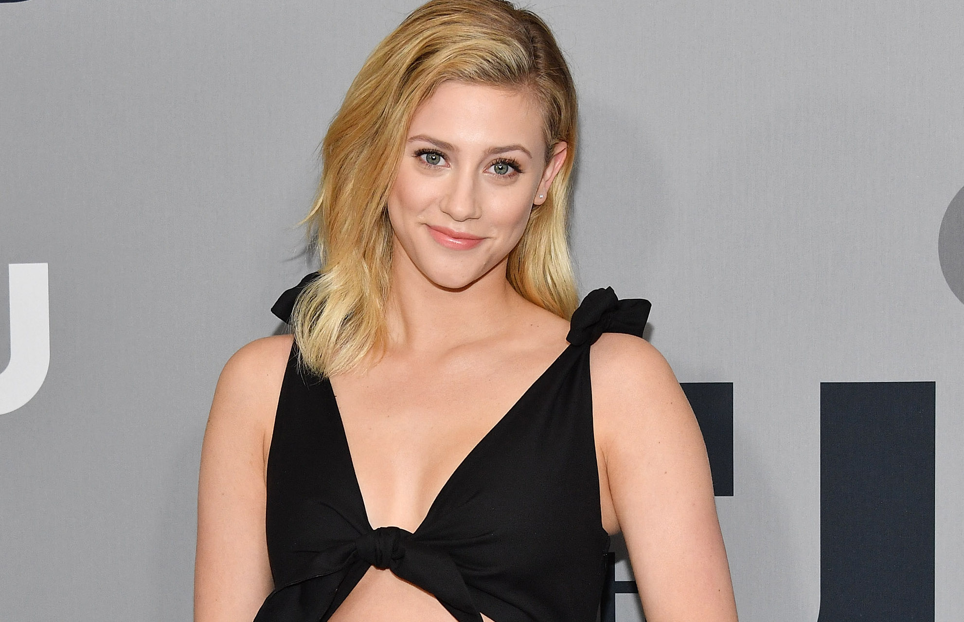 Lili Reinhart responded to pregnancy rumors with the most body-positive clapback