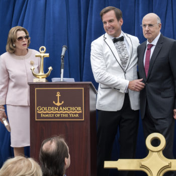Why yes, it *is* awkward to watch the new season of <em>Arrested Development</em> because of all the behind-the-scenes Bluth drama