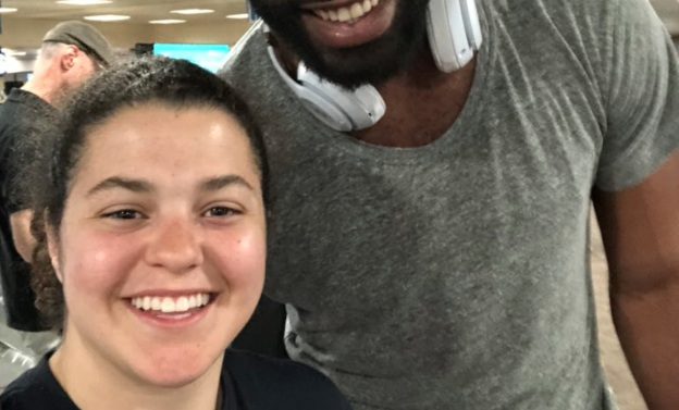 A kind stranger helped this girl during a travel disaster...and turns out he's a famous NFL star