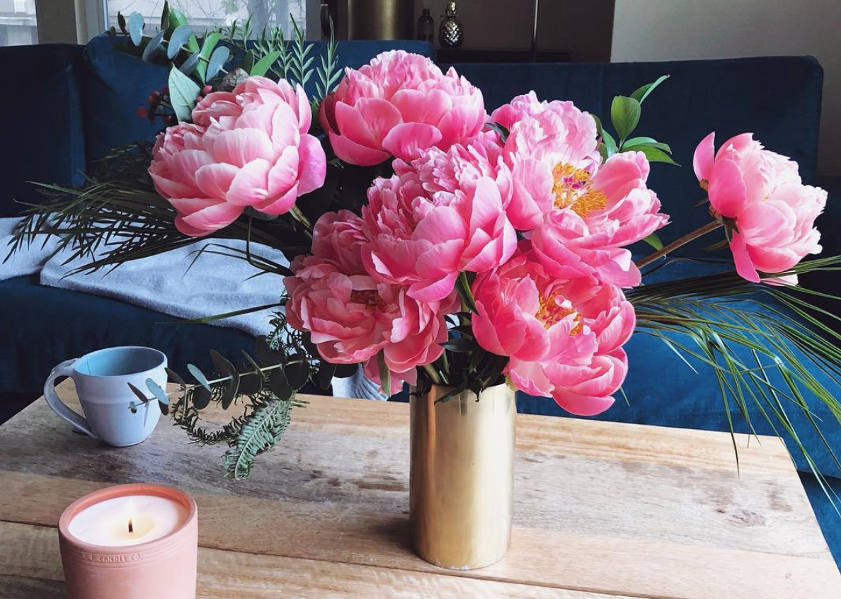 6 easy ways to make flowers last longer, because you deserve nice things