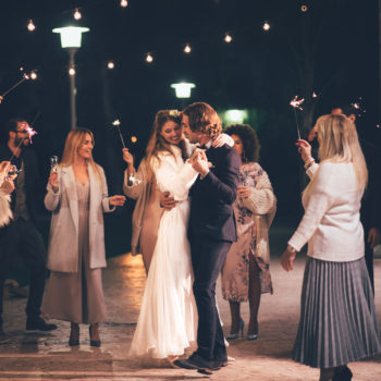 4 tips for meeting someone when you're single at a wedding (that don't involve alcohol)