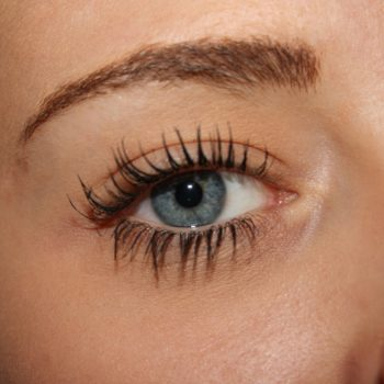 This scary (and gross) medical case proves you should never sleep with mascara on