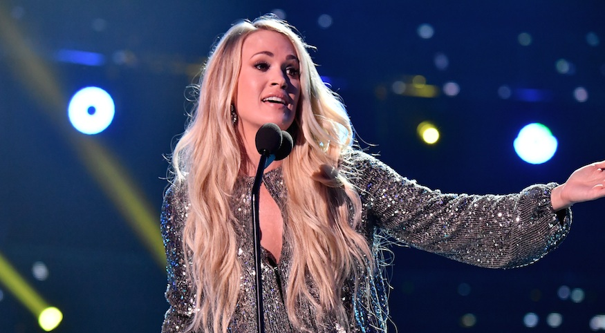 "Carrie Underwood's CMT ""Cry Pretty"" performance was a sparkly KiraKira dream"