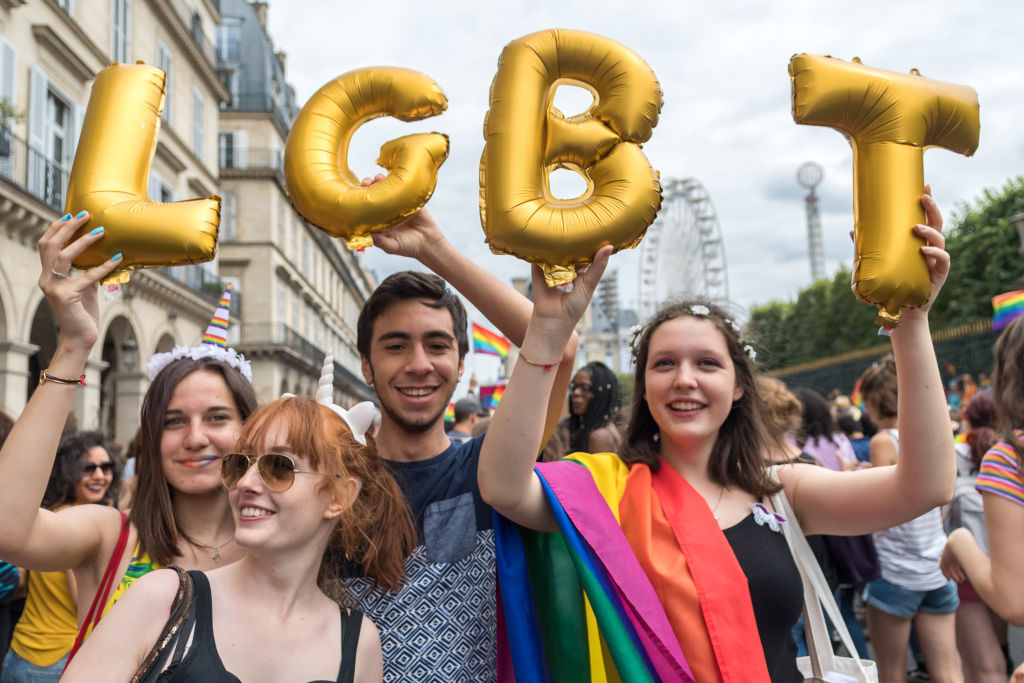 7 ways straight people can <em>actually</em> be allies to the LGBTQ community