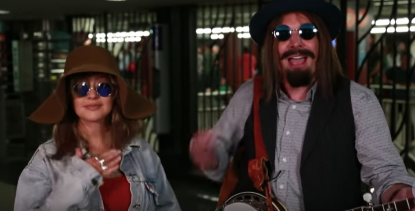 Christina Aguilera and Jimmy Fallon went incognito on the NYC subway, and LOL forever