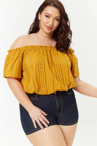 04260b07961e87 16 Off-the-Shoulder Tops To Shop When You Have Big Boobs - HelloGiggles