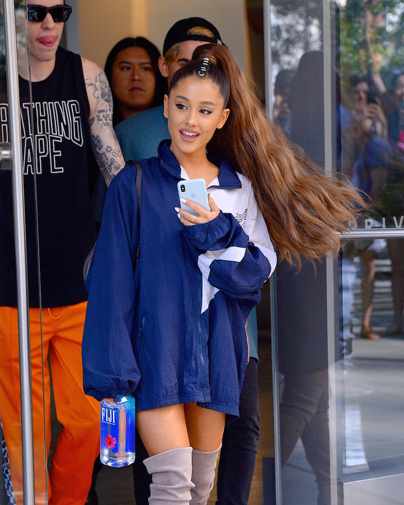 Ariana Grande S Signature Ponytail Hairstyle Evolution