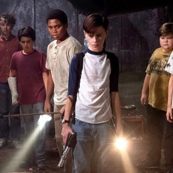 We just got the first group photo of the grown-up cast of <em>IT</em>