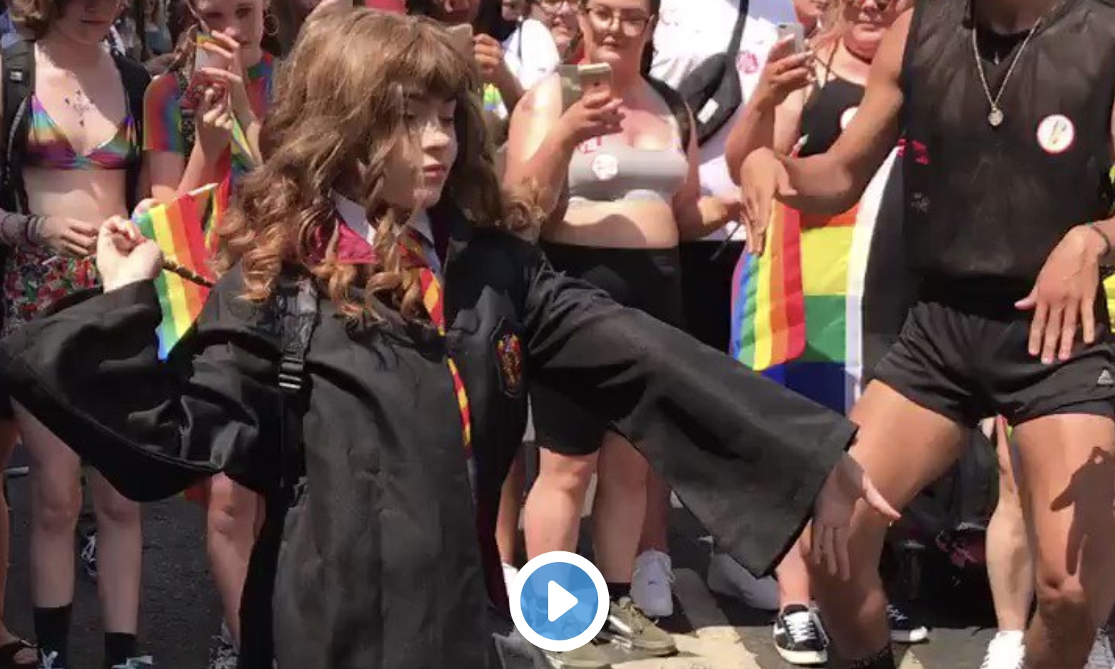 "This ""dancing Hermione"" from the London Pride parade is going viral"