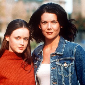 21 times <em>Gilmore Girls</em>' Lorelai Gilmore was the queen of 2000s fashion