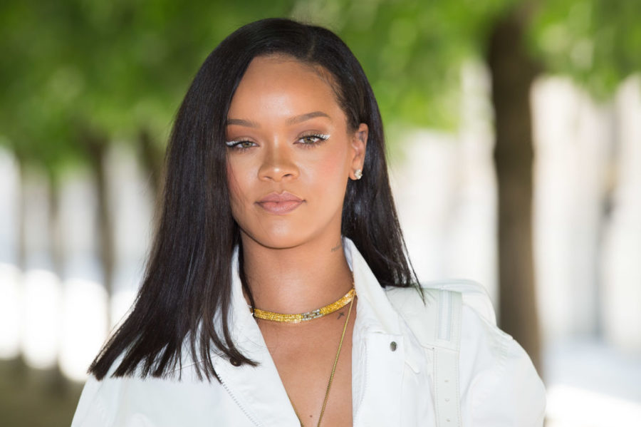 Rihanna responded to photos of her feuding with boyfriend Hassan Jameel with a hilarious meme