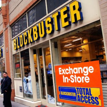 There is officially one Blockbuster store left in the U.S., and RIP, our childhoods