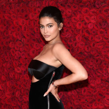 Someone started a GoFundMe to make Kylie Jenner a billionaire, and Twitter is NOT having it