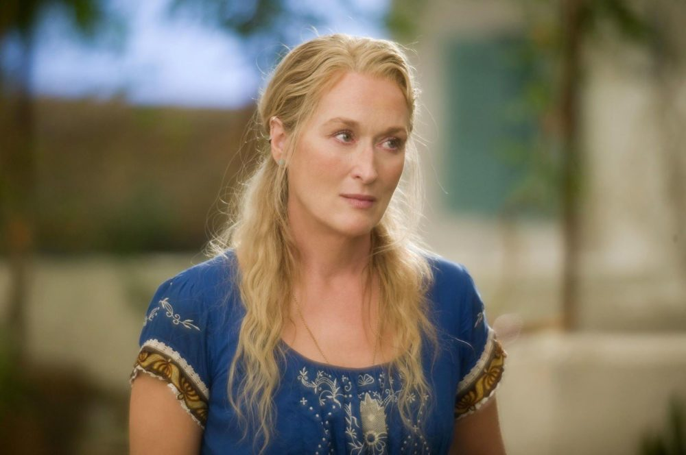15 moments from the OG <em>Mamma Mia</em> that are totally bonkers — but you love anyway