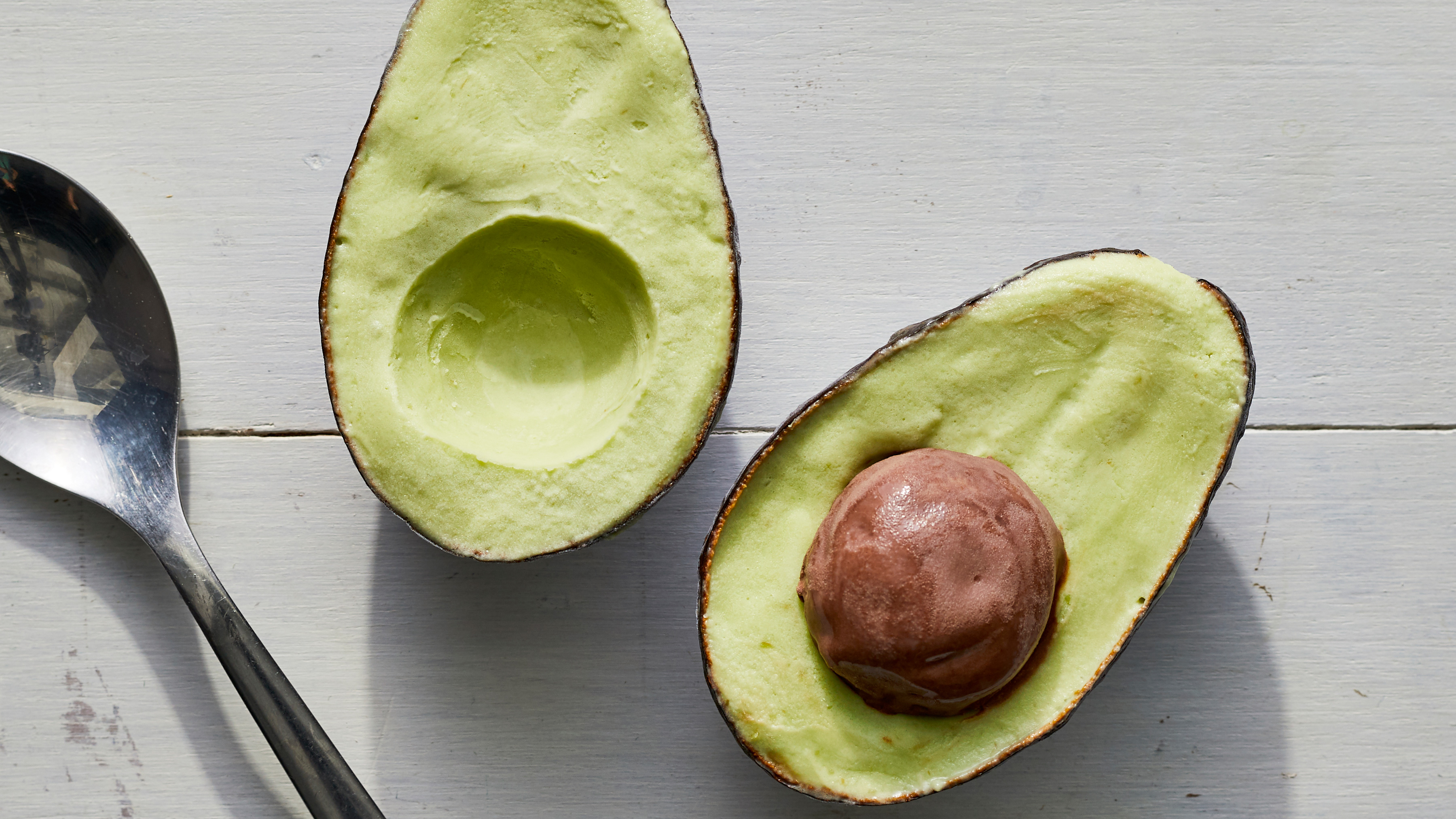 "This avocado ice cream recipe looks exactly like a real avocado, thanks to a shell and chocolate ""pit"""