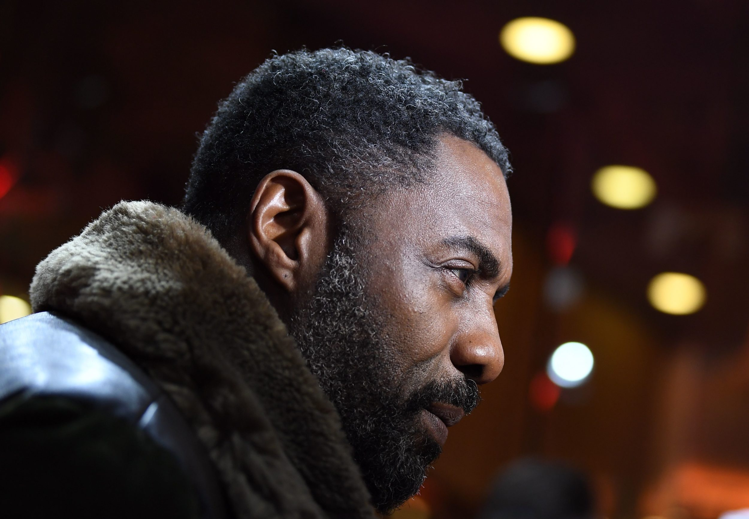 Idris Elba fueled those James Bond rumors on Twitter with just five little words