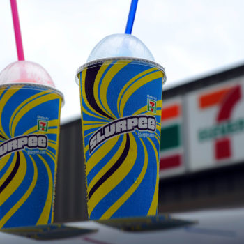 Slurpee-flavored cookies exist, and we don't know how to feel