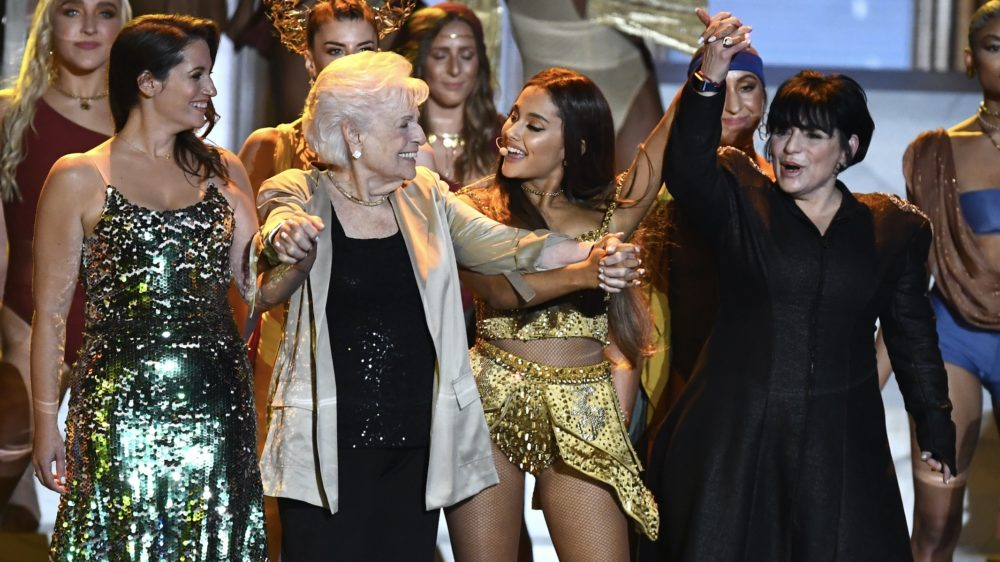 Ariana Grande was joined by 50 diverse female dancers at the 2018 VMAs, including her mom and grandma