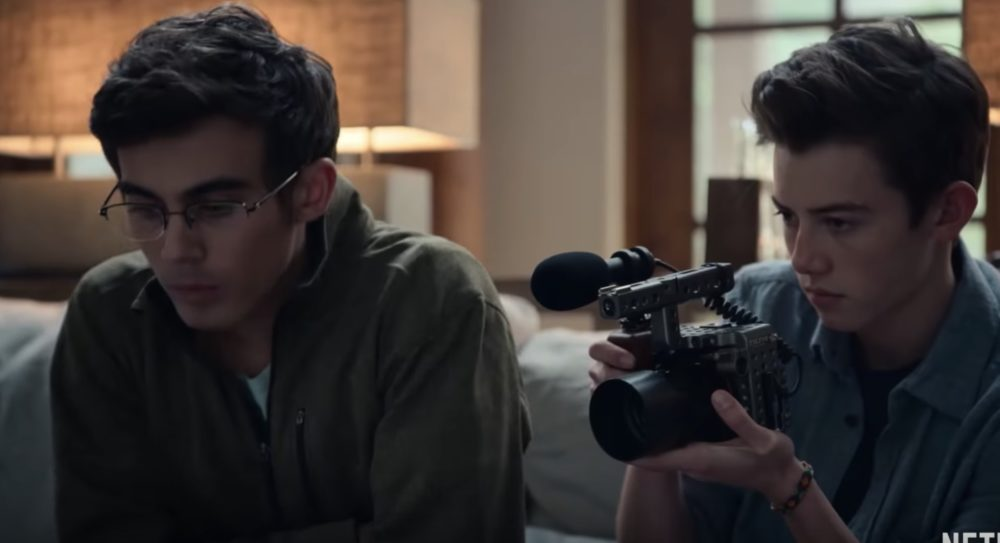 """The trailer for <em>American Vandal</em> Season 2 is here, and this time they're tracking the """"Turd Burglar"""""""