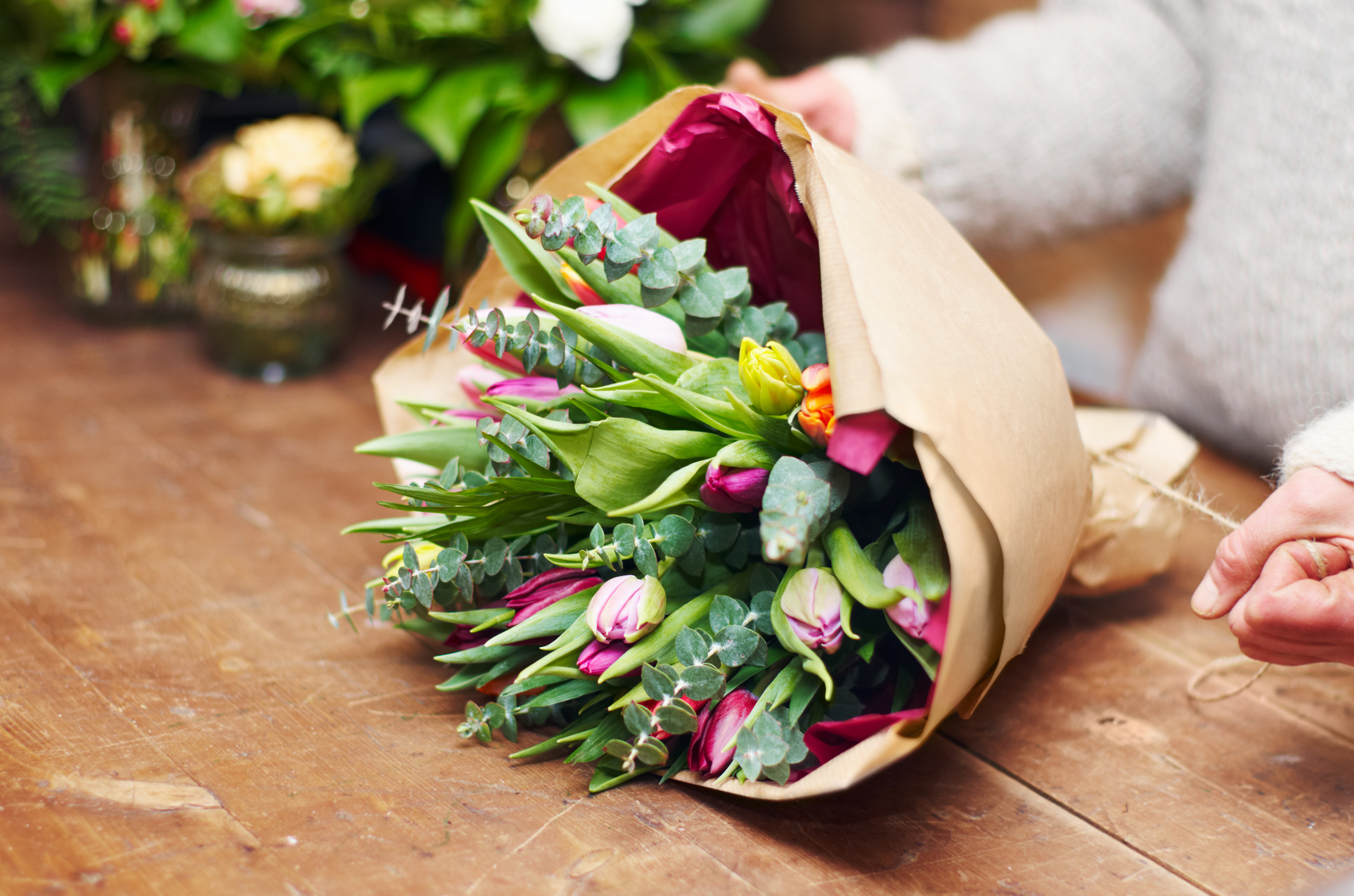 Science just uncovered one very good reason to buy yourself a bouquet of flowers today