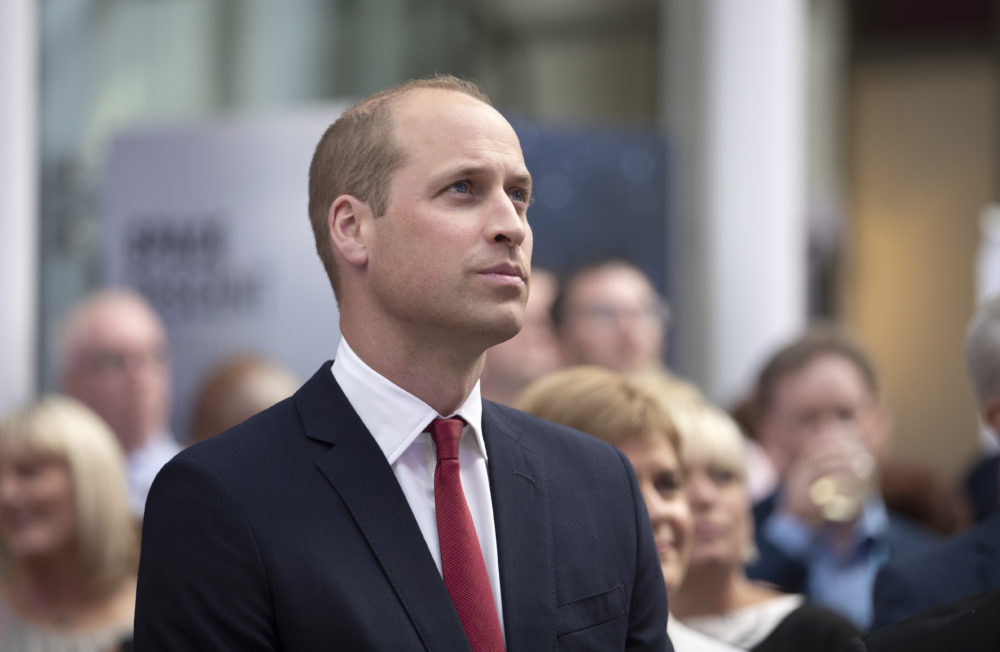 "Prince William has a ""Harry Potter scar"" on his forehead, and how did we miss this?"