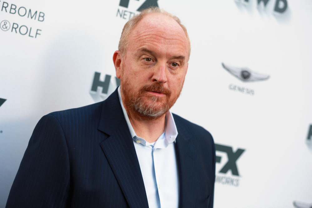 Louis C.K. was greeted with a standing ovation at his first set since admitting sexual misconduct, and Twitter is not happy