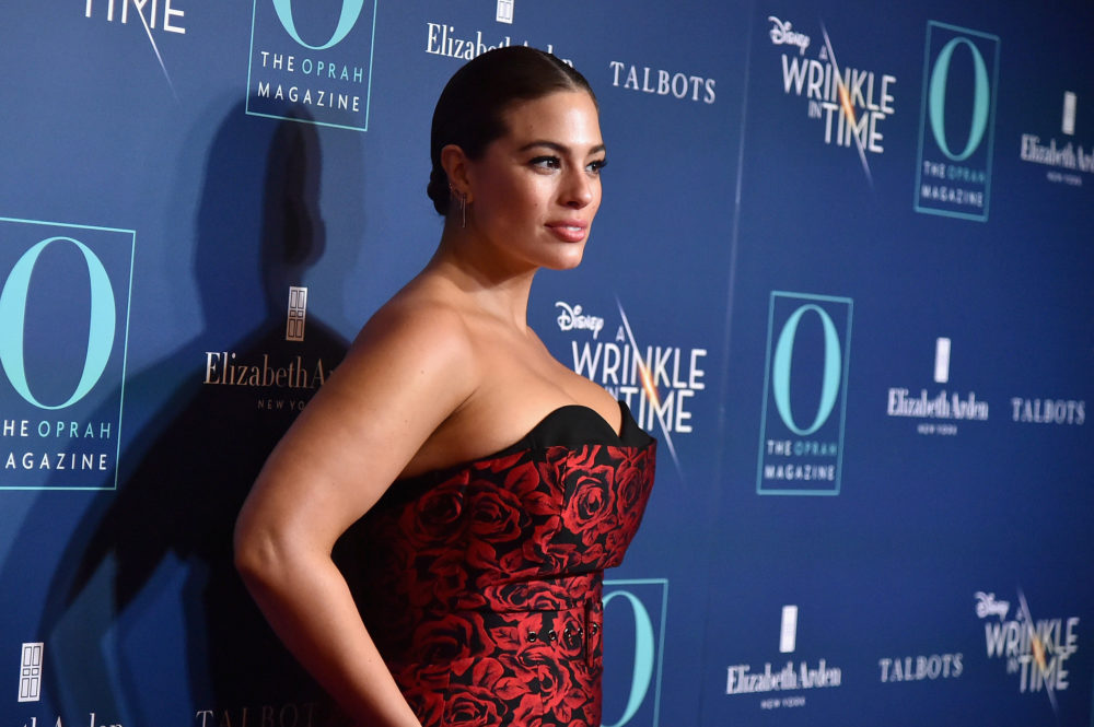 Ashley Graham clapped back against an ignorant troll who implied she doesn't work out