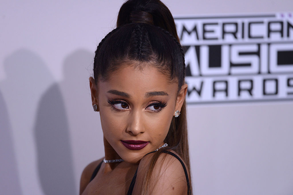 "Fans just found out what Ariana Grande's filthy ""lick the bowl"" lyrics mean, and they're losing it"