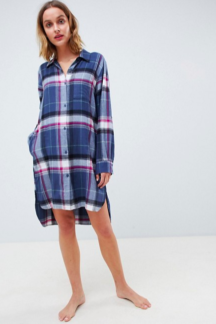 0602e0944f10e 19 Cozy Flannel Fashion Pieces to Shop for Fall Outfits - HelloGiggles