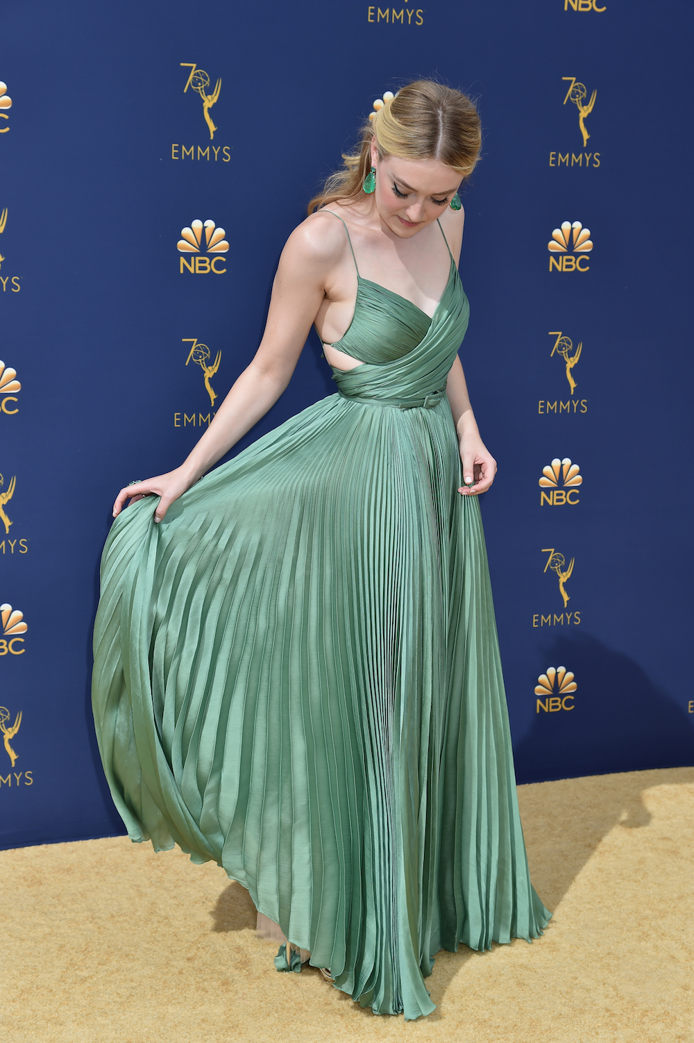 Dakota Fanning Wore A Green Dior Gown At 2018 Emmys Awards