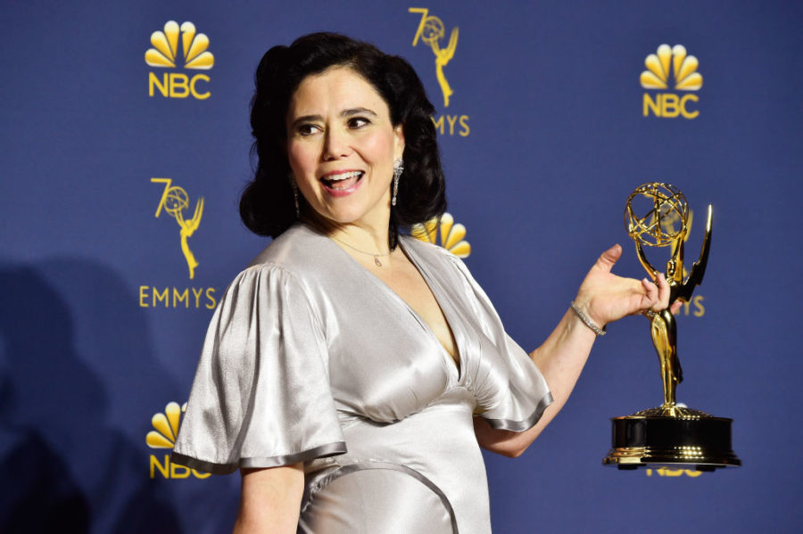 <em>Marvelous Mrs. Maisel</em> star Alex Borstein recycled her wedding dress from a previous marriage at the 2018 Emmys
