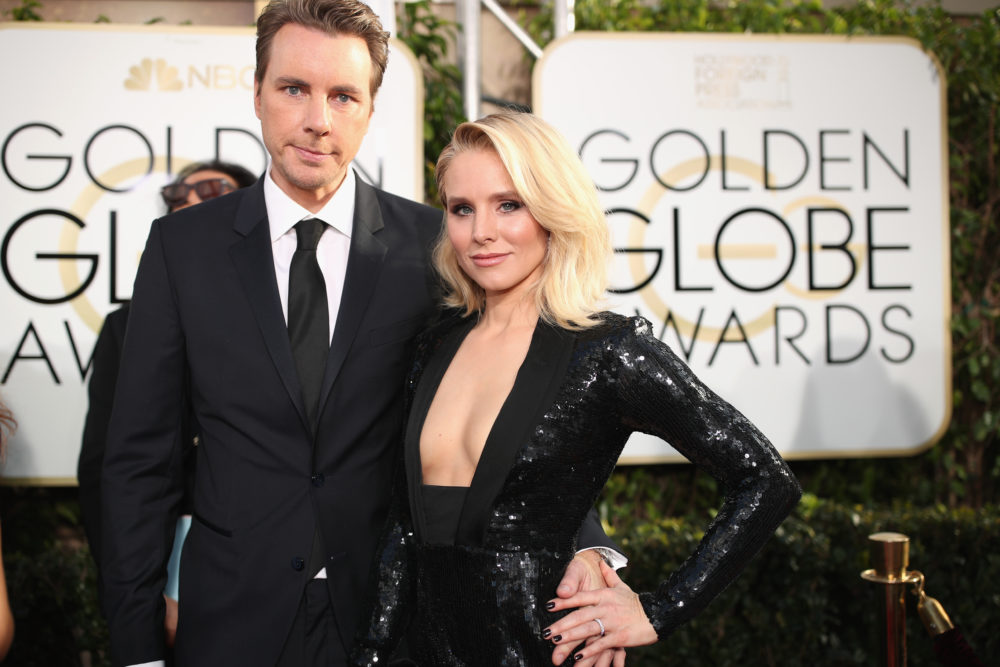 Kristen Bell described the exact moment her daughter realized she and Dax Shepard are famous