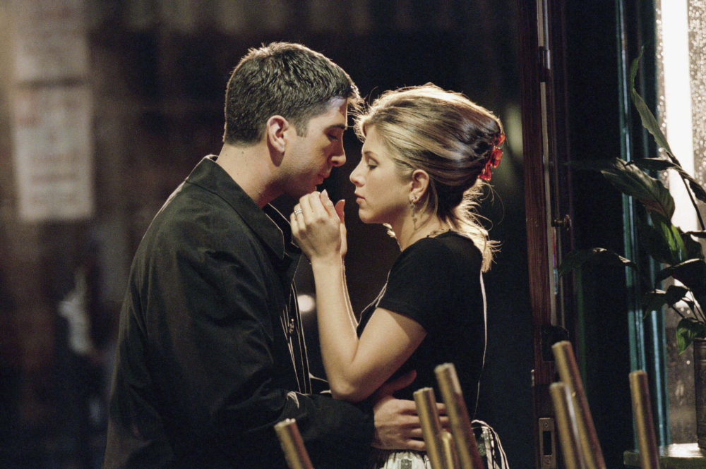 Ross and Rachel almost didn't go on that break on <em>Friends</em>, and could we BE any more shook?