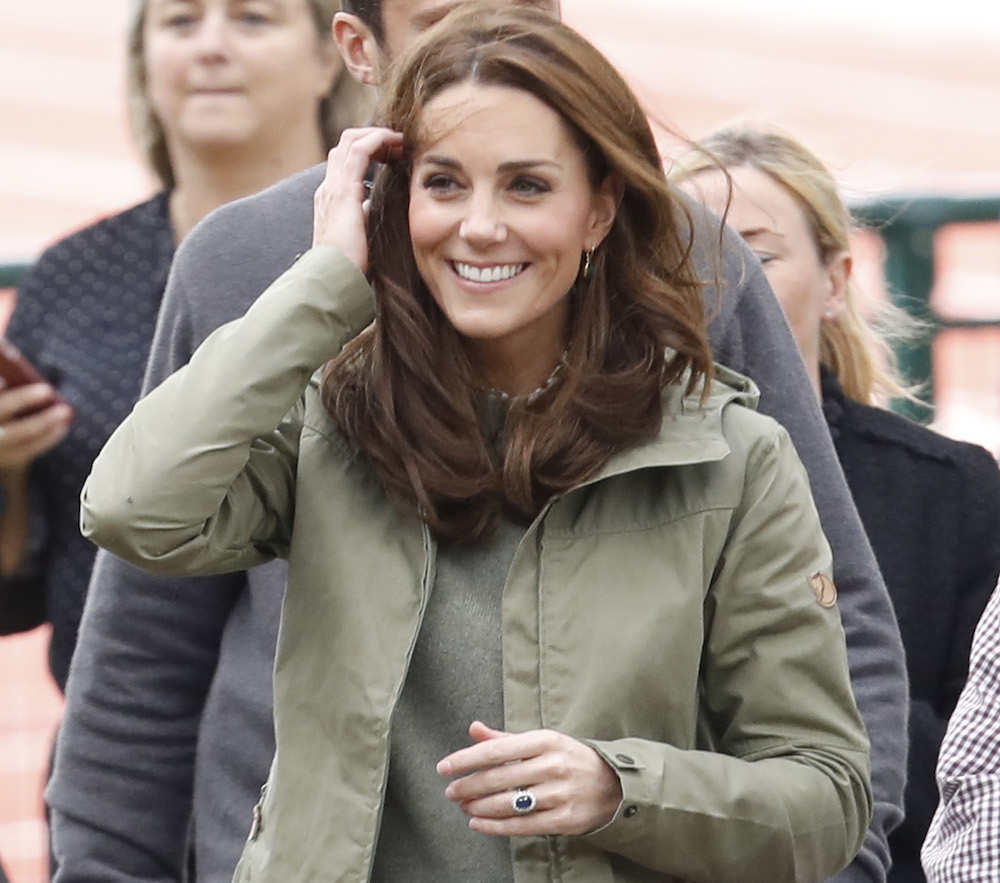 Thrifty queen Kate Middleton rocked $40 jeans from Zara, and they haven't sold out yet