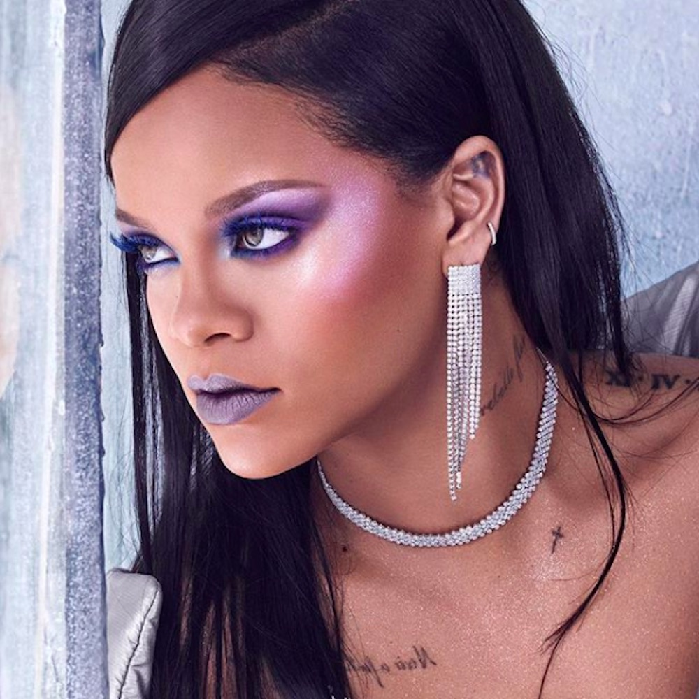 rihanna fenty halloween beauty highlighter makeup palette trends hellogiggles 1440 ever theplace2
