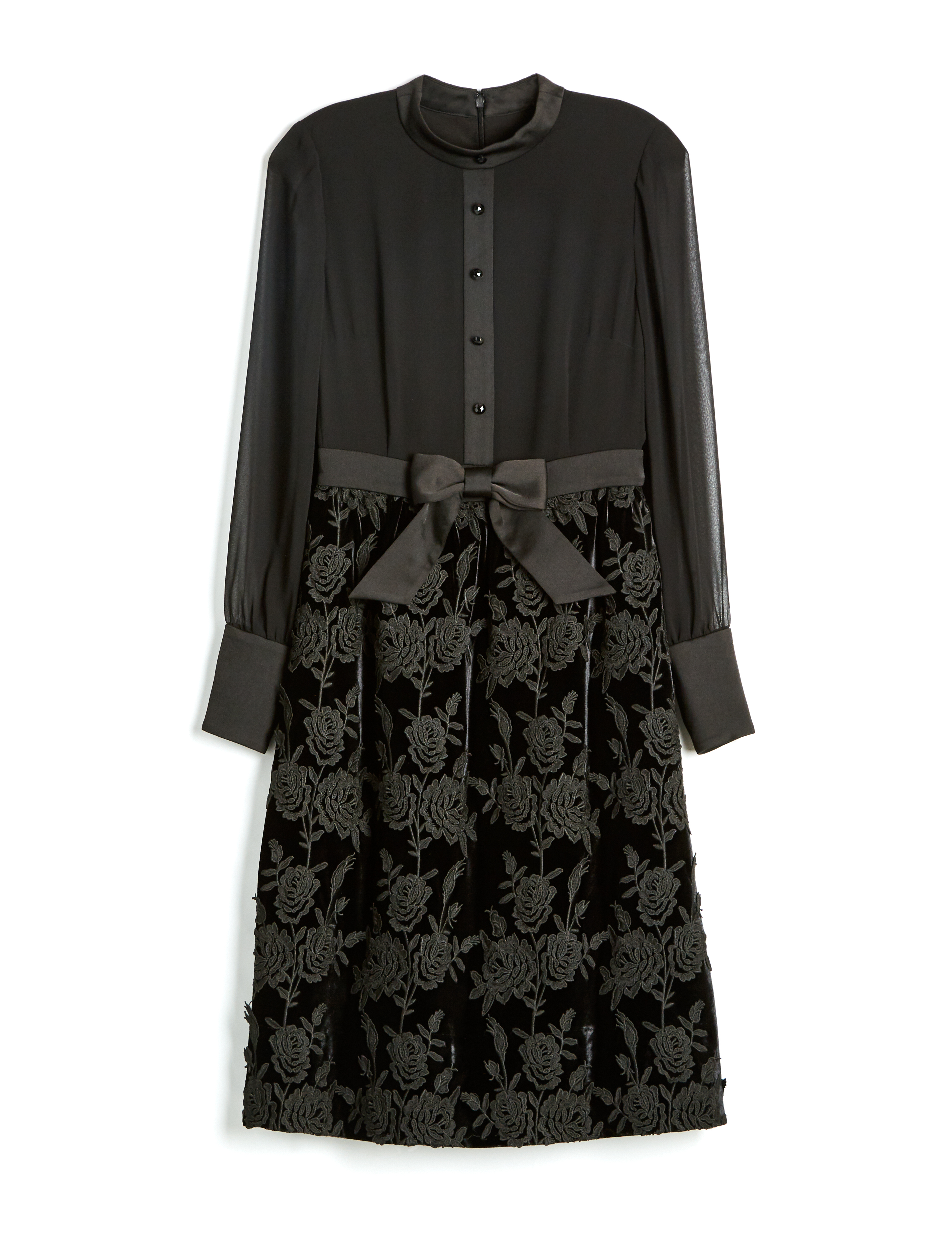 8db7bfa9b0806 Modcloth and Anna Sui Launched a Size Inclusive Capsule Collection ...