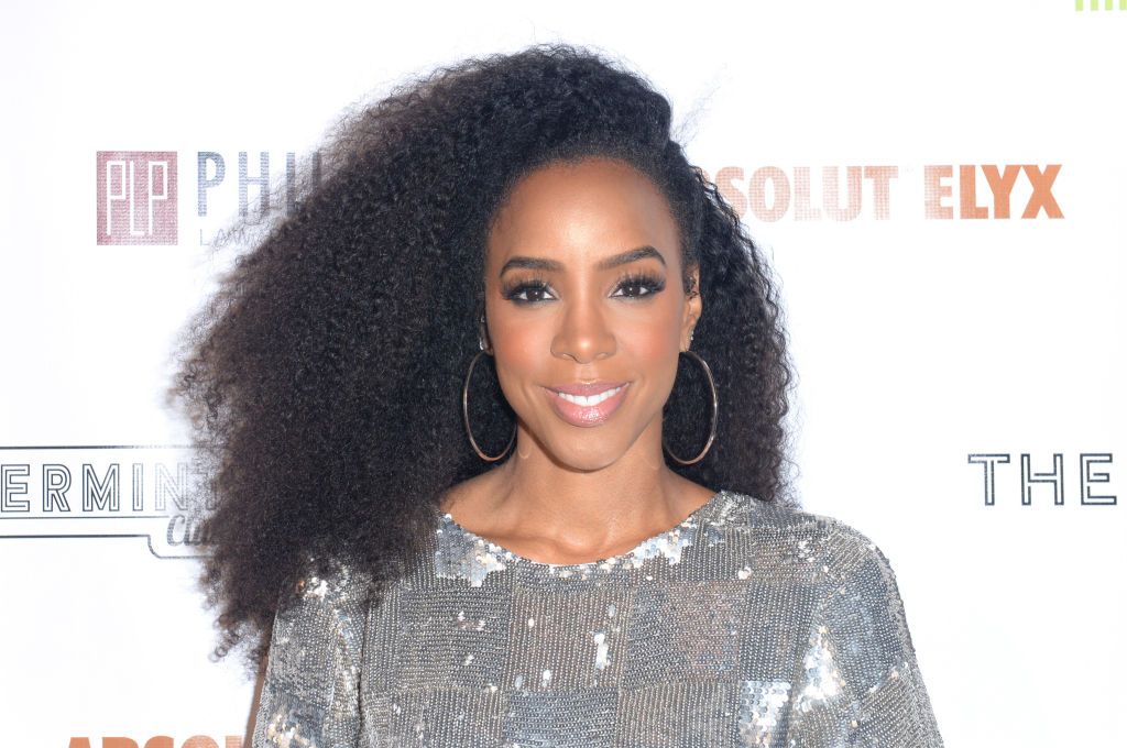 "Kelly Rowland opened up about the importance of a ""shecosystem,"" and everyone should read this"