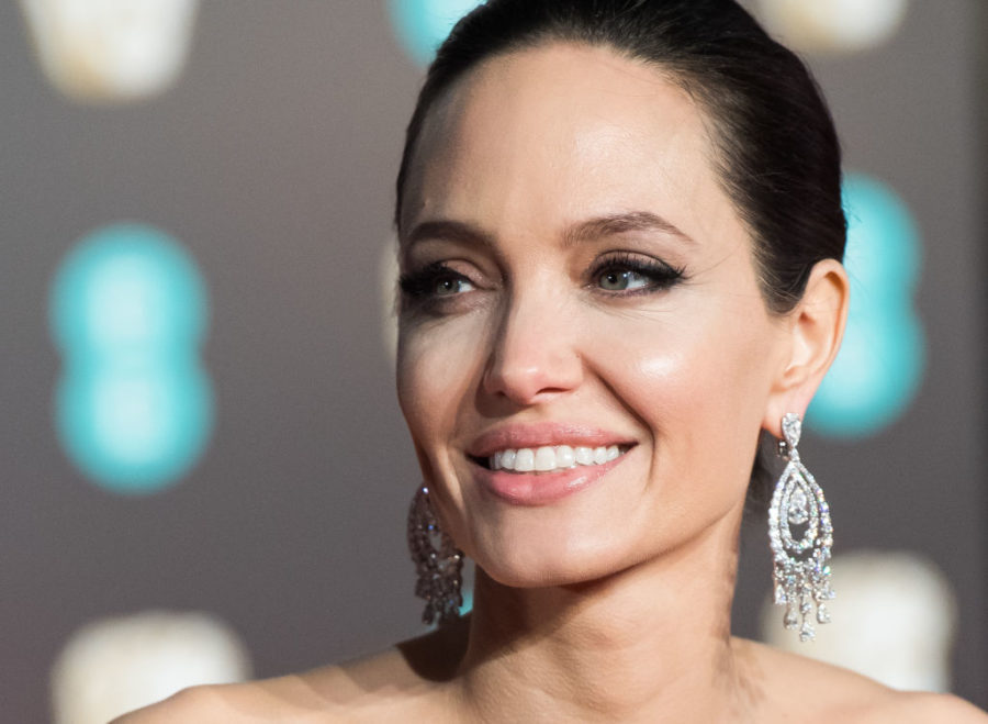 Angelina Jolie's blonde hair is a major throwback to her <em>Girl, Interrupted</em> days