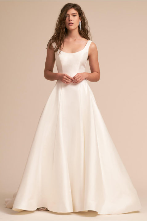 c9f54d56d22 15 Wedding Dresses With Pockets For Your Big Day - HelloGiggles