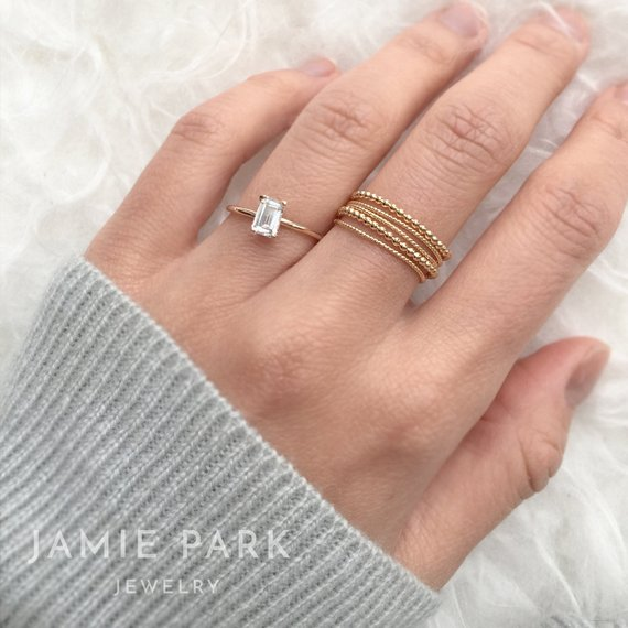 15 Cheap Engagement Rings Under 250 That Are Stunningly Beautiful
