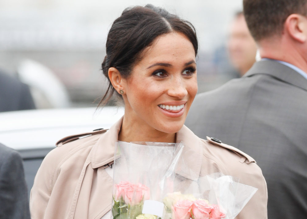 A band and choir greeted Meghan Markle with the <em>Suits</em> theme song in New Zealand